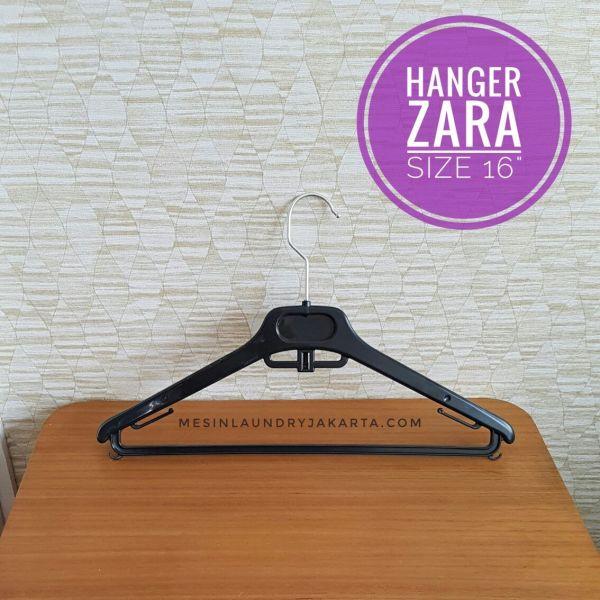 Hanger Zara